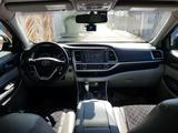 Toyota Highlander 2016 года за 16 600 000 тг. в Шымкент