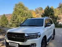 Toyota Land Cruiser 2021 года за 45 000 000 тг. в Алматы