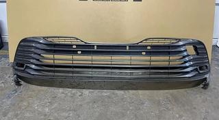 Решетка в бампер Toyota Camry 70/Тойота Камри 70 за 80 000 тг. в Актау