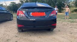 Hyundai Solaris 2016 года за 3 200 000 тг. в Актобе – фото 2