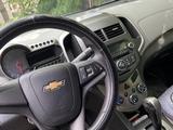 Chevrolet Aveo 2014 года за 3 200 000 тг. в Караганда – фото 5