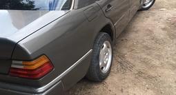 Mercedes-Benz E 230 1992 года за 1 350 000 тг. в Балхаш