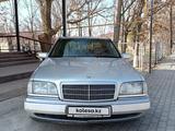 Mercedes-Benz C 180 1994 года за 1 600 000 тг. в Шымкент