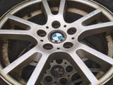 Диски 17 на BMW с зимней резиной 225/65/17 за 160 000 тг. в Алматы
