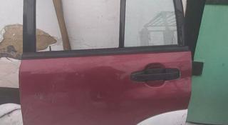 Левая задняя дверь на Suzuki Grant Vitara за 555 тг. в Караганда
