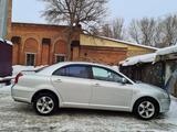 Toyota Avensis 2004 года за 3 300 000 тг. в Усть-Каменогорск – фото 4