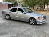 Mercedes-Benz E 300 1994 года за 1 950 000 тг. в Талдыкорган – фото 3
