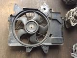 Диффузор радиатора в сборе Mazda Tribute (2000 — 2004) за 30 000 тг. в Петропавловск – фото 4