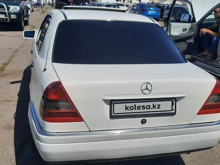 Mercedes-Benz C 220 1994 года за 2 200 000 тг. в Есик