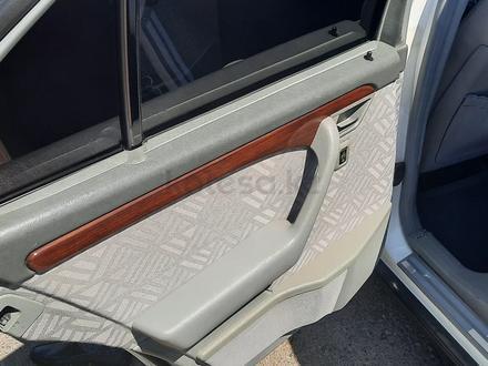 Mercedes-Benz C 220 1994 года за 2 200 000 тг. в Есик – фото 6