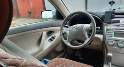 Toyota Camry 2007 года за 5 500 000 тг. в Семей – фото 4