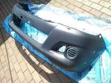 Бампер передний Toyota Hi-Lux за 60 000 тг. в Алматы