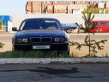 BMW 735 1998 года за 2 500 000 тг. в Караганда