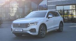 Volkswagen Touareg Business R-line 2021 года за 42 000 000 тг. в Костанай – фото 2