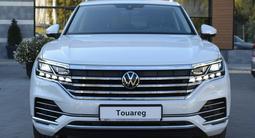 Volkswagen Touareg Business R-line 2021 года за 42 000 000 тг. в Костанай – фото 4