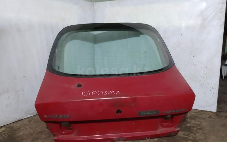 Крышка багажника на Мицубиси Каризма за 15 000 тг. в Караганда