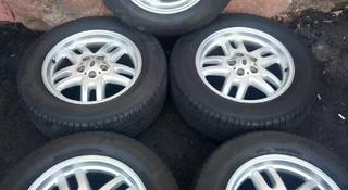 Комплект из 5 дисков с резиной Land Rover 255 60r18 Резина Michelin Latitud за 150 000 тг. в Алматы