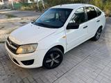 ВАЗ (Lada) Granta 2190 (седан) 2015 года за 2 200 000 тг. в Алматы – фото 2