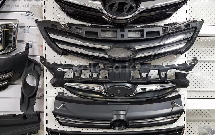 Решетка радиатора Hyundai Accent за 14 500 тг. в Нур-Султан (Астана)