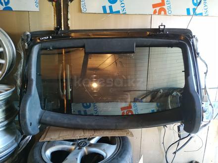 Заднее лобовое стекло Шкода Супер Б лифтбек за 110 000 тг. в Нур-Султан (Астана) – фото 4