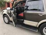 Ford Expedition 2008 года за 8 000 000 тг. в Атырау – фото 4