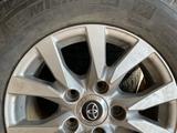 Оригинальные диски от Toyota LC 200 за 550 000 тг. в Алматы – фото 2