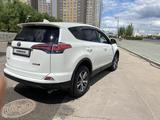 Toyota RAV 4 2016 года за 9 800 000 тг. в Нур-Султан (Астана) – фото 4