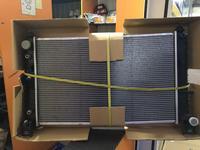 Радиатор охлаждения Escalade Tahoe Suburban 4.3-5.8 (02-) за 50 000 тг. в Алматы