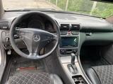 Mercedes-Benz C 230 2001 года за 2 350 000 тг. в Алматы – фото 5