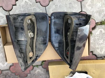 Фары задние оригинал на прадо 120 за 50 000 тг. в Алматы – фото 2