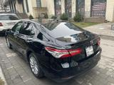 Toyota Camry 2018 года за 12 600 000 тг. в Алматы – фото 5