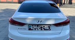 Hyundai Elantra 2018 года за 6 800 000 тг. в Кызылорда – фото 2