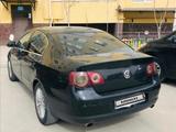 Volkswagen Passat 2007 года за 2 500 000 тг. в Актау – фото 5