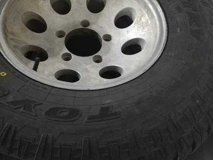 6 новых колес toyo A/T с дисками 285/75/16 за 330 000 тг. в Усть-Каменогорск