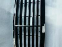 Решетка радиатора Mercedes w211 avantgard elegance за 1 008 тг. в Алматы