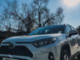 Toyota RAV 4 2019 года за 16 600 000 тг. в Алматы – фото 4