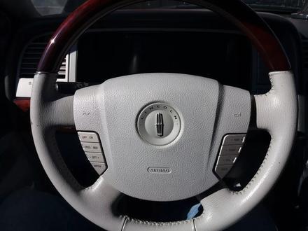 Lincoln Navigator 2005 года за 3 499 000 тг. в Актау – фото 3
