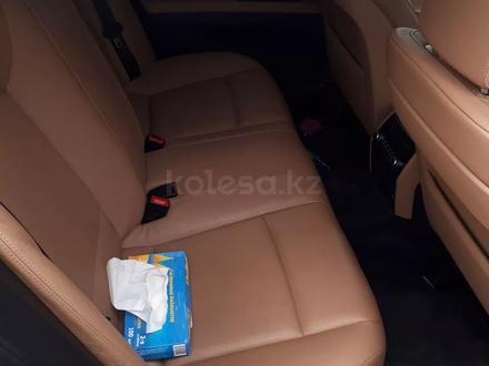 BMW 740 2009 года за 9 500 000 тг. в Караганда – фото 4