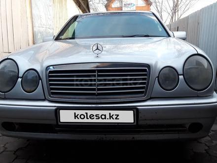 Mercedes-Benz E 230 1997 года за 2 300 000 тг. в Караганда – фото 6