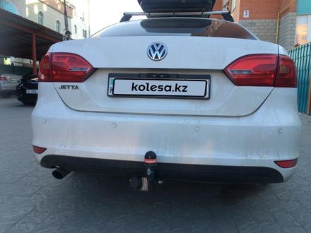 Volkswagen Jetta 2013 года за 4 200 000 тг. в Актобе – фото 4