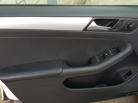 Volkswagen Jetta 2013 года за 4 200 000 тг. в Актобе – фото 17