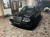 Mercedes-Benz E 500 1993 года за 3 800 000 тг. в Алматы – фото 4