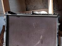 Радиатор на Тойота Лэнд Крузер 200 за 50 000 тг. в Нур-Султан (Астана)
