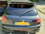 Peugeot 206 2002 года за 1 400 000 тг. в Усть-Каменогорск – фото 5