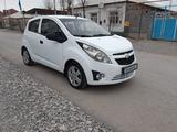 Chevrolet Spark 2013 года за 3 000 000 тг. в Туркестан – фото 2