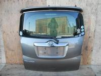 Дверь багажника 5 я Toyota Ractis SCP100 за 35 000 тг. в Темиртау