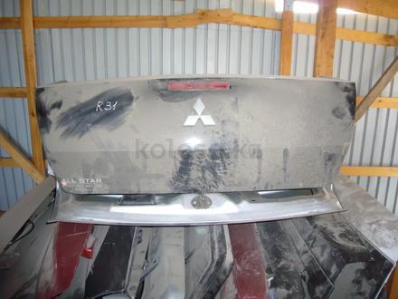Крышка багажника за 45 000 тг. в Алматы – фото 2