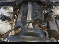 Двигатель с навесным за 1 000 тг. в Алматы