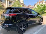 Toyota RAV 4 2016 года за 10 800 000 тг. в Алматы – фото 4