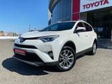 Toyota RAV 4 2018 года за 13 500 000 тг. в Павлодар